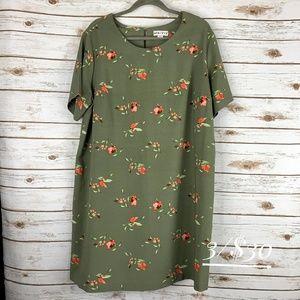 Ava & Viv size 1X shift dress short sleeve green